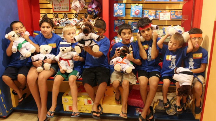 Build A Bear Field  Trip With Naples Best Summer Camp